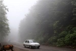 مه گرفتگی و کاهش دید در جاده های 10 استان/ترافیک در ورودی کرج به تهران