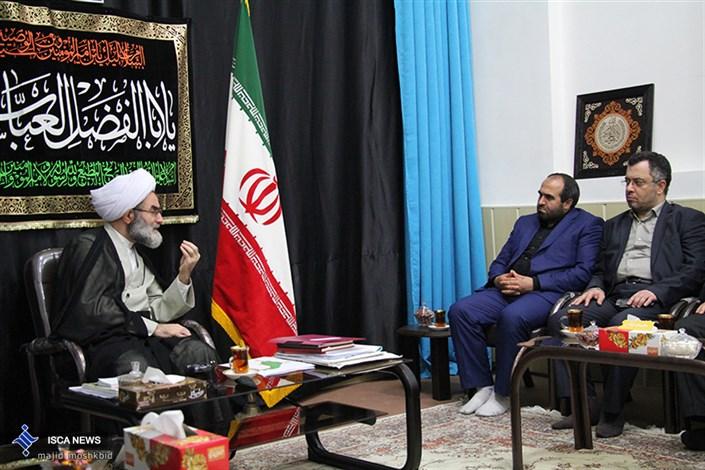 دیدار رئیس بسیج اساتید دانشگاه آزاد اسلامی با نماینده ولی فقیه استان گیلان
