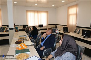 ۶ دانشجوی معماری دانشگاه آزاد اسلامی اوز از طرحهای خود دفاع کردند