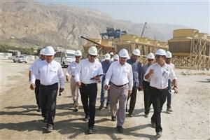 گلایه مدیرعامل شرکت نفت و گاز پارس از تعلل پیمانکار احداث نیروگاه سیکل ترکیبی
