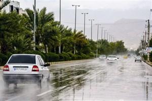 بارش باران در بندرعباس/ ترافیک در ورودی تهران