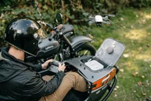 موتور سیکلت مجهز به پهپاد رونمایی شد