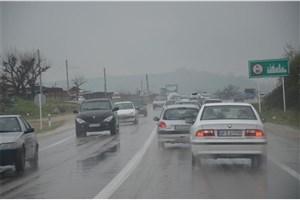 جادههای شمالی لغزنده و مهآلود است/بارندگی در شرق و جنوب