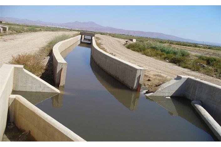اجرای شبکههای اصلی و فرعی آبیاری