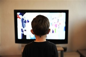 مضرات جبران ناپذیر تماشای صفحه نمایش برای کودکان