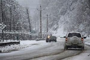 بارش برف، یخبندان  و وزش باد شدید در جادههای 6 استان