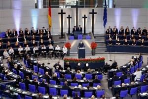 تاکید دوباره رئیس جمهور فرانسه بر ایجاد ارتش اروپایی