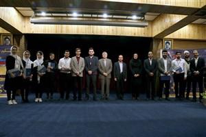 مراسم اختتامیه جشنواره علمی دانشجویی روز جهانی علم برگزار شد