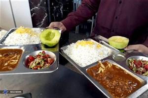 پیمانکاران سلف دانشگاه، در دانشجو سیری کاذب ایجاد می کنند/ میوه و سبزی به برنامه غذایی دانشجویان اضافه شود