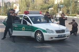 تعقیب و گریز پلیس با سوداگران مرگ/ ۵۰کیلوگرم موادمخدرکشف شد