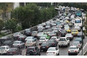 ترافیک سنگین  در جاده های هراز، فیروزکوه و چالوس/بارش برف و باران در 11 استان