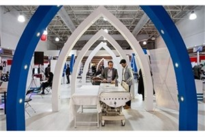 درخشش نخبگان دانشگاه آزاد اسلامی در نمایشگاه «فن بازار» تجهیزات پزشکی