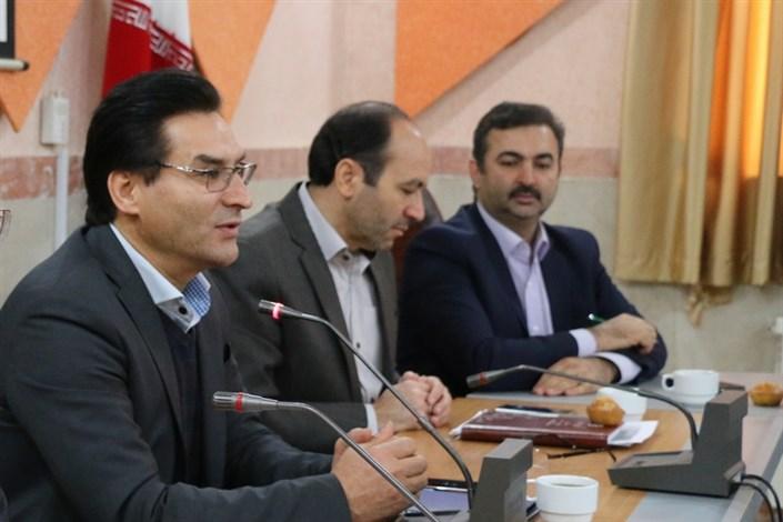 جلسه هم اندیشی با کارکنان حوزه آموزش واحد اردبیل