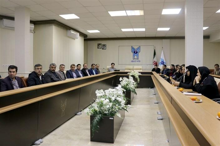 ویژه برنامه  هفته پژوهش در دانشگاه آزاد اسلامی واحد اردبیل