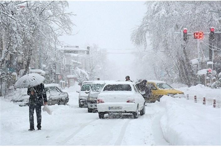 بارش برف در طالقان و جاده چالوس