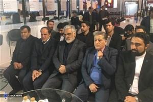 بازدید طهرانچی از نمایشگاه دستاوردهای پژوهشی و فناوری دانشگاه آزاد اسلامی