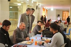دانشجویان دانشگاه آزاد اسلامی باید از بهترین خدمات ممکن بهرهمند باشند