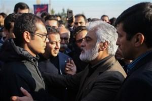 طهرانچی در بین دانشجویان:  پیش از حادثه اتوبوس، دانشگاه تصمیم گرفته بود پیمانکار را عوض کند