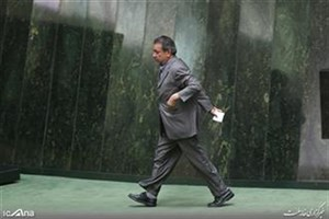 تحصن یک نماینده اصلاحطلب در اعتراض به بودجه 98