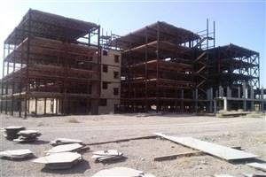 توقف 22 ساله ساخت بیمارستان واحد نجف آباد/ مدیریت دانشگاه آزاد وارث طرح های ناتمام است