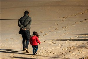 ارتباط پدران با افسردگی  دختران نوجوان