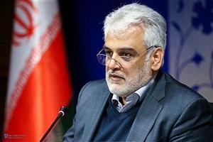 ادای احترام رئیس دانشگاه آزاد اسلامی به شهدای گمنام واحد رشت
