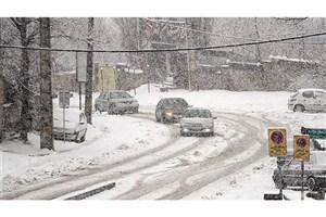 تداوم بارش برف و باران در اکثر جاده های کشور/رانندگان از زنجیر چرخ استفاده کنند