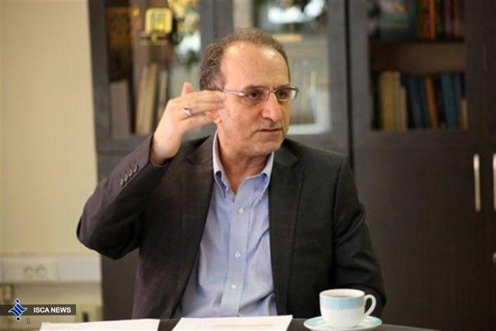 دکتر حسینی معاون آموزشی دانشگاه تهران