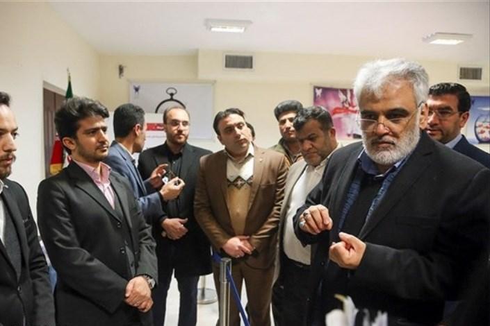 گزارش کامل بازدید دو ساعته رئیس دانشگاه آزاد اسلامی از مرکز رشد و موزه واحد همدان