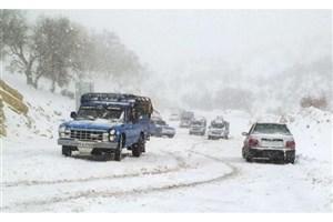 تداوم بارش برف و باران در برخی از جاده ها/ترافیک در ورودی  کرج به تهران
