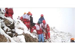 نجات ۳۸ کوهنورد در کوههای لرستان/آسیب دیدگی۱۶ نفر