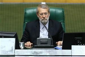 لاریجانی: هیاتی در حال پیگیری اعمال افزایش حقوق کارمندان دولت است