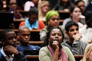 سه چهارم دانشجویان زیمباوه ترک تحصیل میکنند