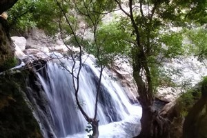 ۷ کوهنورد در آبشار تنگ تامرادی بویراحمدغرق شدند
