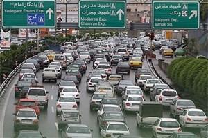 ترافیک در  بزرگراه  چمران سنگین است