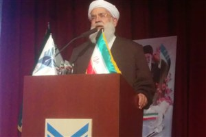 ارزش دادن به معنویات از برکات انقلاب اسلامی است