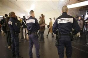 اسیدپاشی در مترو ی پاریس  یک مجروح به جای گذاشت