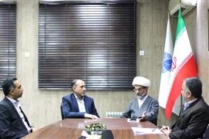 همکاری دانشگاه آزاد اسلامی خوزستان و  با صدا و سیما در زمینه بیانیه مقام معظم رهبری