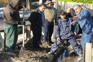 اجرای طرح فوریتی نگهداشت شهر در بزرگراه شهید یاسینی  با فعالیت ۲۵۷ کارگر