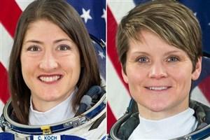 راهپیمایی دو فضانورد در فضا