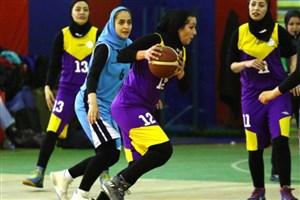 تلاش دختران دانشگاه آزاد اسلامی  برای کسب عنوان قهرمانی
