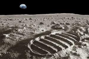 رصد آب جاری روی ماه