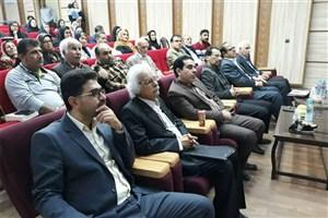 چهارمین شب شعر طنز «خنده زنان» در بوشهر برگزار شد