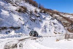 بارش برف و لغزنده بودن جاده ها در نوروز