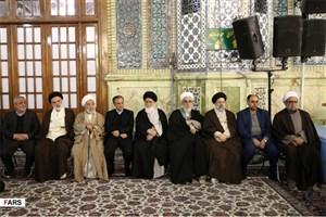 ترکیب نشستن شخصیتها در سخنرانی نوروزی رهبری در مشهد مقدس