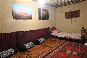 بازدید گردشگران از  اقامتگاه بومگردی  ابوعلی  و شب های چغازنبیل در شوش