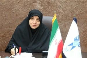 واحد یزد لباسهای فرم دانشگاه آزاد را تهیه میکند/ ارسال  100 دست لباسکار برای سیل زدگان لرستان