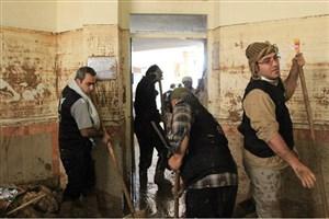 لایروبی ۱۲ مدرسه وخانه توسط بسیج کارکنان دانشگاه آزاد اسلامی در مناطق سیلزده