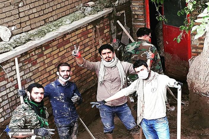 حضور دانشجویان بسیجی واحد رشتدر مناطق سیل زده لرستان