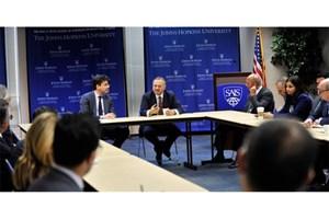 ابوظبی دوشادوش آمریکا برای مقابله با ایران تلاش میکند